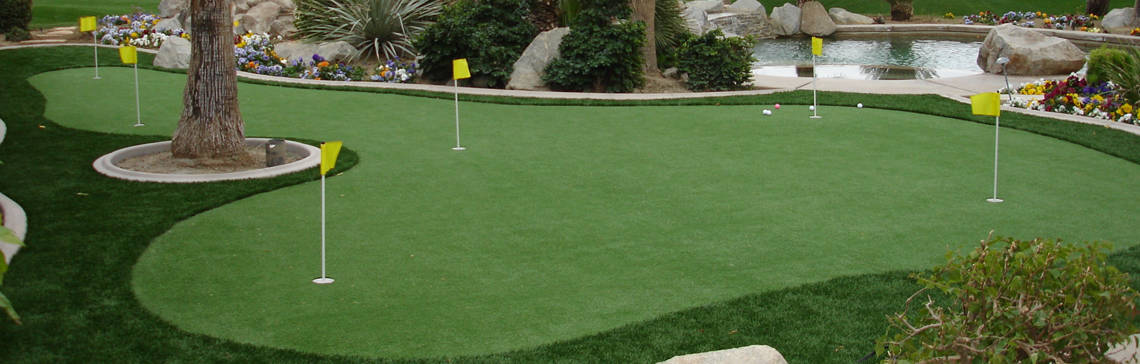 EasyTurf Putting Green